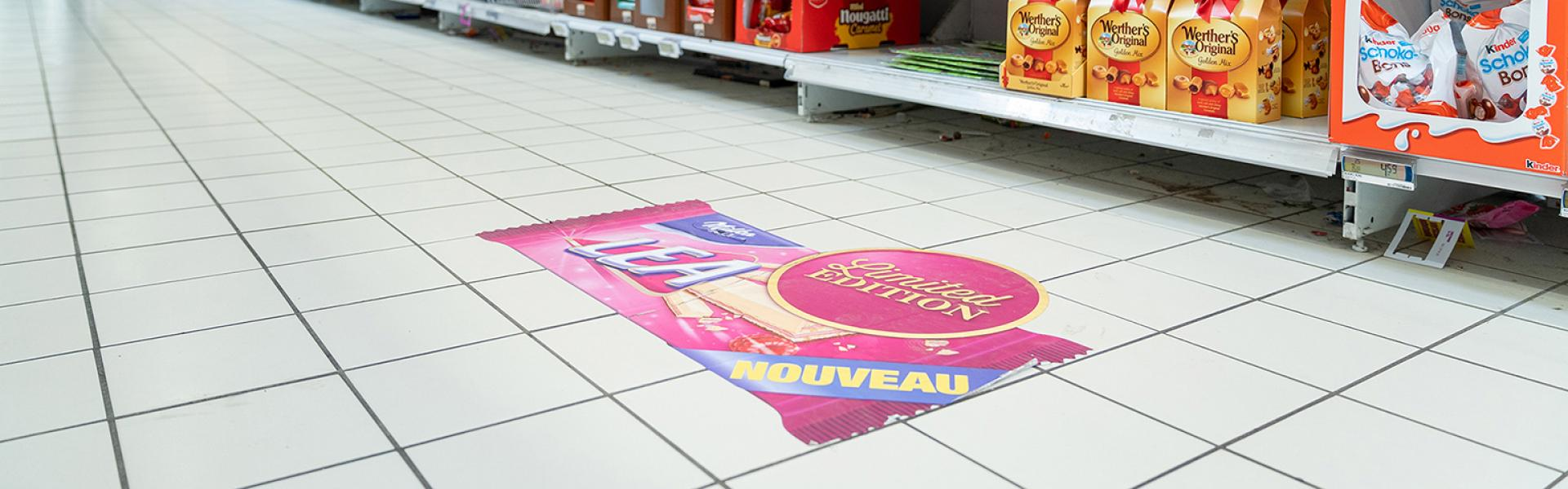 Vision Floor retail in-store communication floor sticker